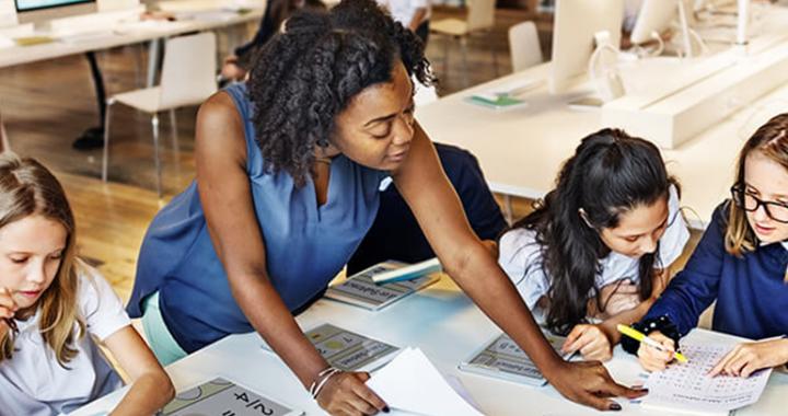 為何民辦學校教師能夠 補習,有在編教師卻不能?