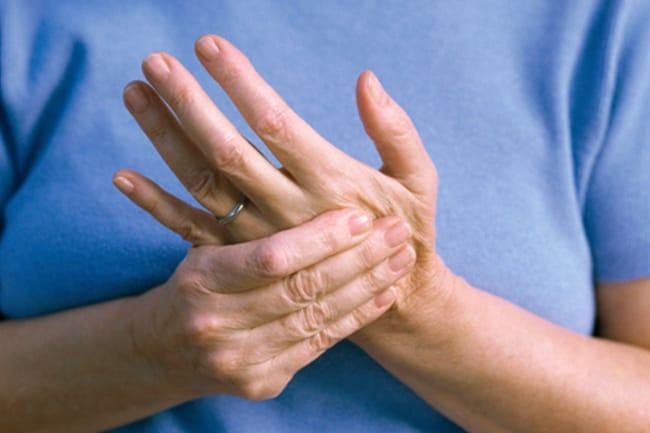 常常四肢發麻,幹萬當心這幾類病症